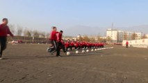 Chine : le kung-fu shaolin lors des entraînements de football