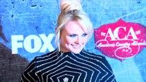 Miranda Lambert le pide a sus fanes que 'no escojan un lado' luego de su divorcio con Blake Shelton