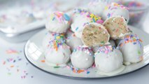 Make Like It's Your Birthday With These No-Bake Oreo Truffles