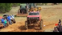 amazing ford monster trucks VS chevy monster truck, monster truck pulling, truck mudding v