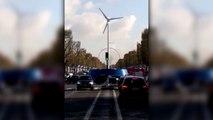 Cop21. L'éolienne vendéenne illumine les Champs-Élysées pour Ikéa