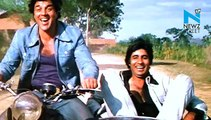 Moment Of The Day! Amitabh Bachchan and Dharmendra relive 'Sholay' friendship.
