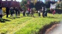 Jeu de course à pied des enfants  de l'association Aadh Ljadid accueillis par ceux de l'association Ourika Tadamoune