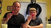 Challenge : Ils mangent le piment le plus fort du monde (Carolina Reaper)
