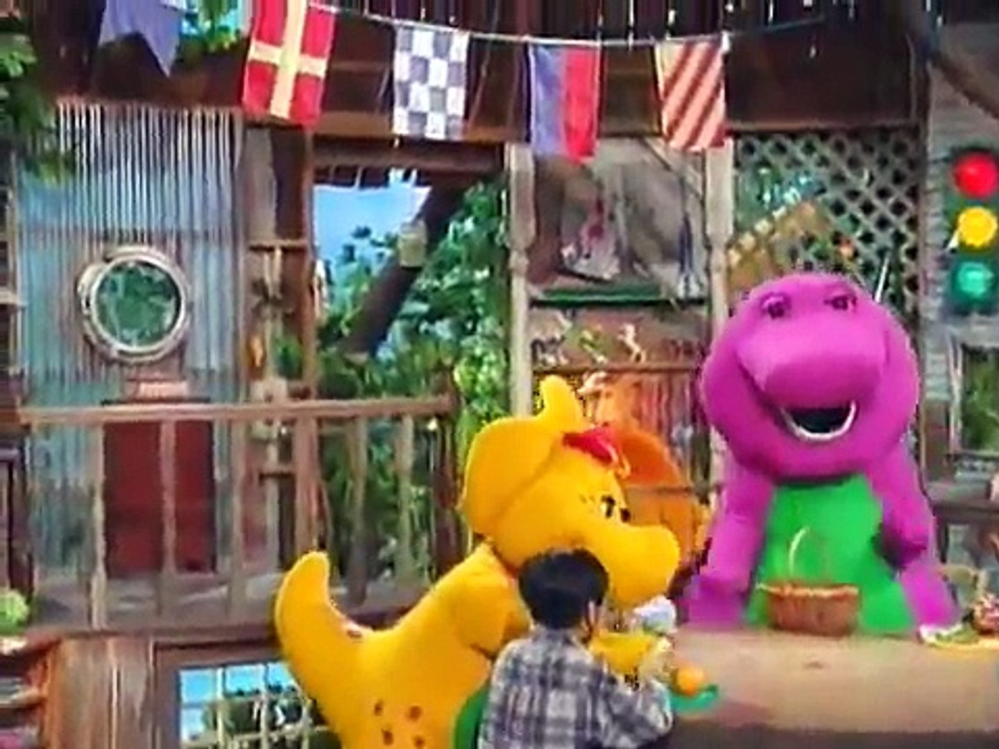Barney Home Video: What a World We Share (1999) [DVD Version]