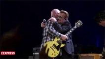 U2 invite les Eagles of Death Metal sur scène, en hommage aux victimes des attentats de Paris