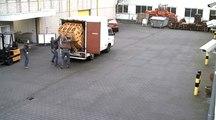 Deux futés tentent de décharger un camion de bières Jupiler
