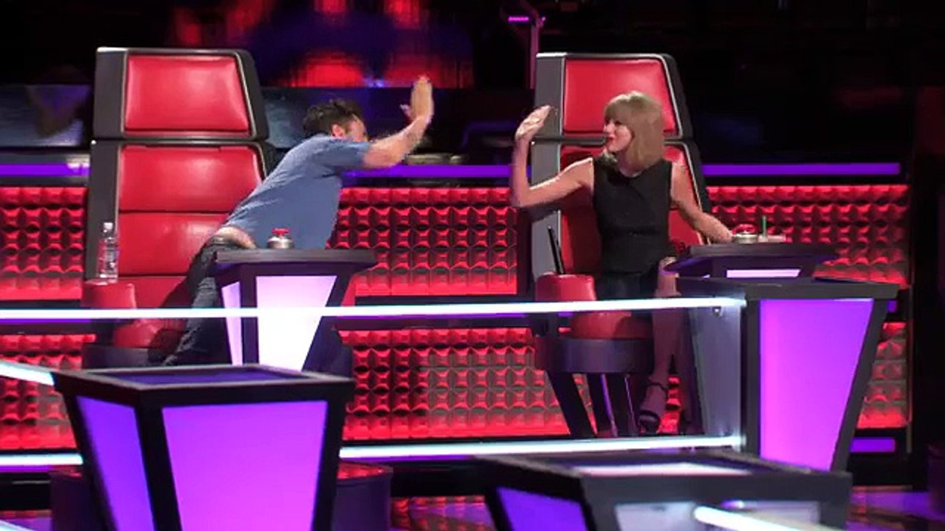 Taylor Swift - Dancing, Tall People & Lots of Taylors - The Voice Season 7 Knockout Rehearsals