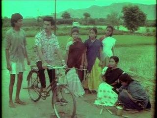 En Rasavin Manasilae | Video | Love Scene|