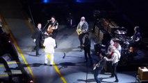 Revivez le retour des Eagles of death metal à Paris au concert de U2