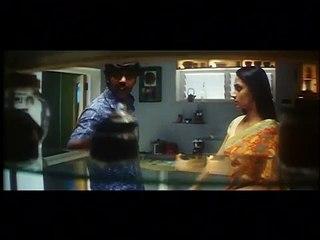 Akshaya waiting for Aarya   Kalaba Kadhalan   Super Scene