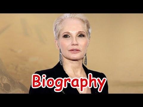 Ellen Barkin Biography