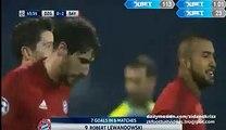 Robert Lewandowski 0-2 Amazing Lob Shot Goal - Dinamo Zagreb v. Bayern Munich 09.12.2015 HD