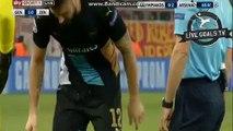 Olivier Giroud Super Goal - Olympiakos 0-3 Arsenal - Champions League - 09.12.2015