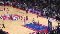 NBA - le panier du milieu de terrain de Matt Barnes - Grizzlies vs Pistons