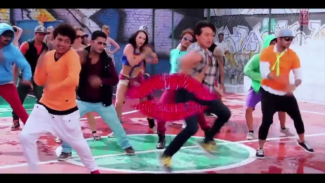 Making of The Pappi song- Heropanti (Asian Entertainment box)
