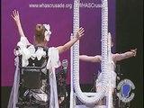 Son fauteuil roulant ne lui a pas empêché de présenter un magnifique spectacle de danse avec sa sœur