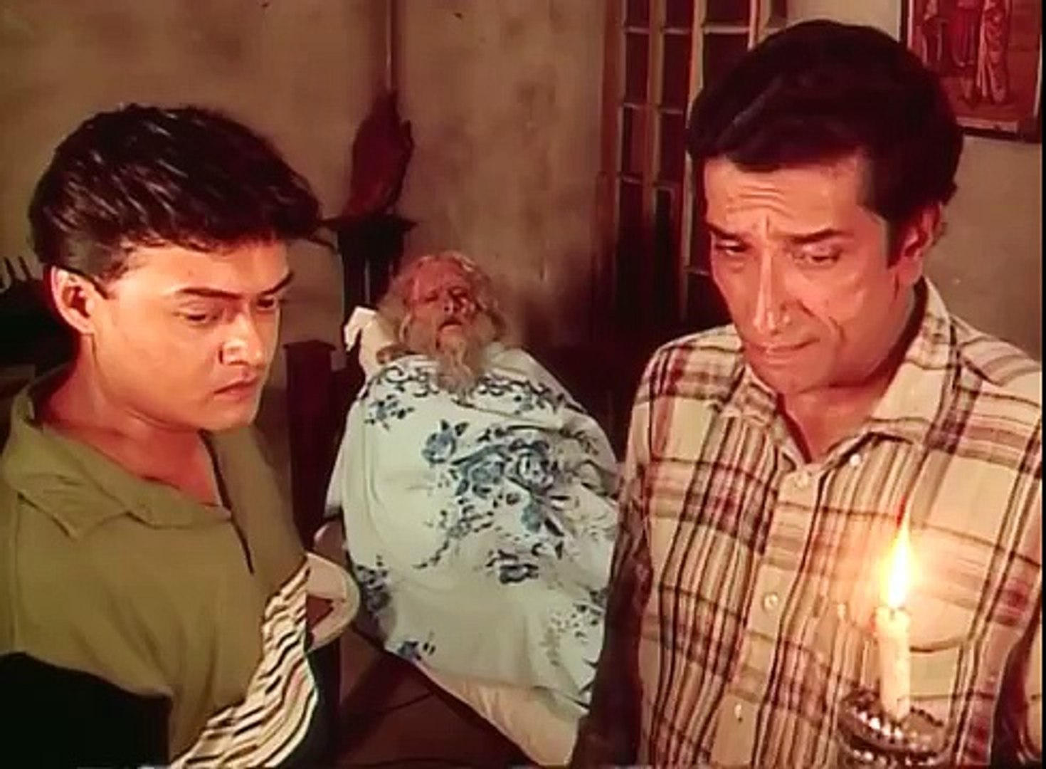Ghur Ghutiar Ghotona(Feluda) - Story by Satyajit Ray