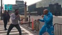 Anderson Silva e Jon Jones 'lutam' nas ruas de Nova Yorque