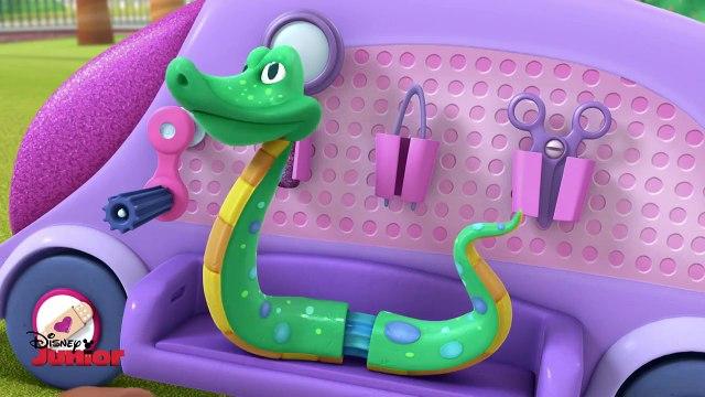 Serpent Sam & Time for Your Check Up Song | Doc McStuffins | Disney Junior UK