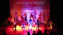 11 - Com os Pés na Broadway - Encerramento