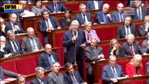 """Manuel Valls redit """"sa confiance"""" à Claude Bartolone"""