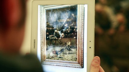 Artenpik anime un tableau de La Piscine grâce à la réalité augmentée