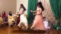 Wedding Dance Desi Girl Dance on Manwa Lagey New Full HD Dance Video 2015
