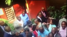 """Les opposants lancent un message fort et très serieux à Kabila et chantent """"AU REVOIR KABILA 2016"""""""