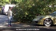 Hystérie ! Ils ont remplacé leur voiture de ville par une porsche lors du jour du passage du permis !