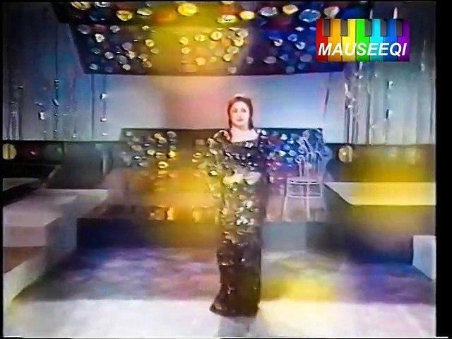 Kehnday Nay Nainaa - Noor Jehan LIVE