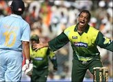 Shoaib AKhter Dangerous Bouncers That Shocked the Batsman - Fast Bowling Legend