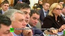 A bout de nerfs, le ministre de l'Intérieur ukrainien lance un verre d'eau sur l'ex-président géorgien Saakachvili