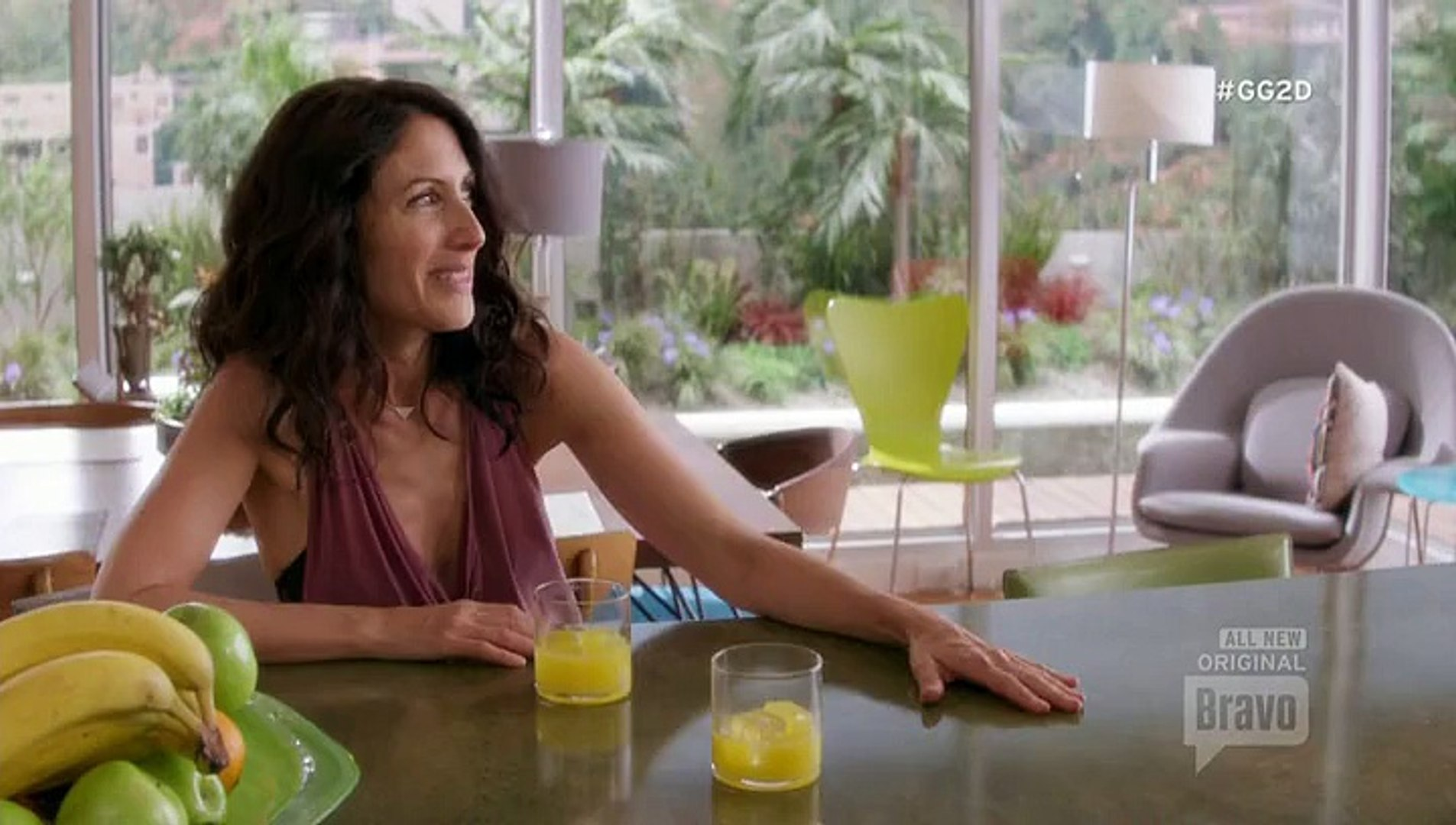 Girlfriends Guide to Divorce S02 E04