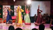 ERUM UMAR MEHNDI   Community Dance