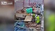 Un ouvrier perce un cable haute tension et provoque une explosion impressionnante