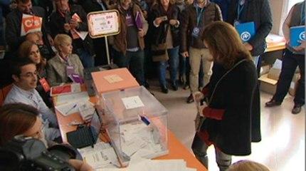 Sáenz de Santamaría 'La alta participación demuestra que nuestra democracia es muy vigorosa'