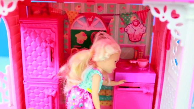 barbie Chelsea CLUBHOUSE Barbie Sister Playset Toy REVIEW AllToyCollector frozen toy videos