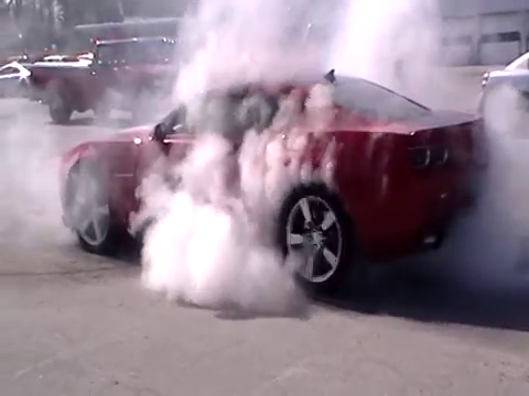 Chevy Camaro SS Chevy Burnout 2016