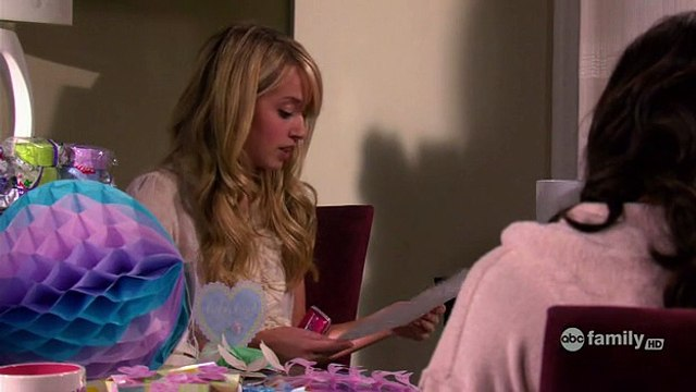 The Secret Life of the American Teenager - Season 1 Episode 21.Whoomp! (There It Is)