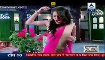 Meera Ko Diya Gora Ne Shock Jisse Meera Ki Aadhi Raat Ko Nikal Gayi Chikh 23rd December 2015 Saath Nibhaana Saathiya