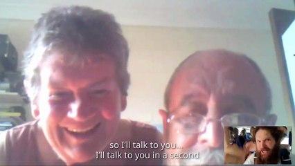 Il appel sur Skype ses parents lors d'un saut en parachute
