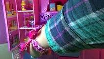 Casa tres pisos Barbie Dreamhouse mansion Casa muñecas dollhouse juguetes Barbie toys