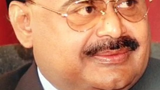 """""""Merry Christmas to you"""" MQM Founder & Leader Altaf Hussain's message on Christmas"""