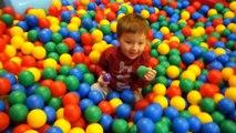 DRÔLE les ENFANTS aire de JEUX de la famille vidéo amusante pour les enfants COOL SLIDE