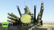 Le système de défense aérienne S-400 installé à la base russe de Khmeimim
