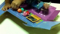 Youngest toy reviewer Peppa Pig Classroom Playset Review by Youngest Toy Reviewer YouTube Capture