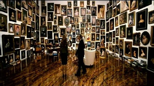 Sylvia Hoeks Views the Secret Art Gallery