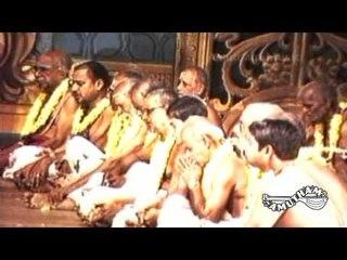 Divine Dance- Deepa Pradhakshinam -Swami Haridhos Giri Part 06