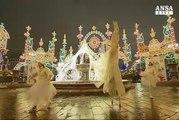 Mosca risplende col festival delle luci di Natale